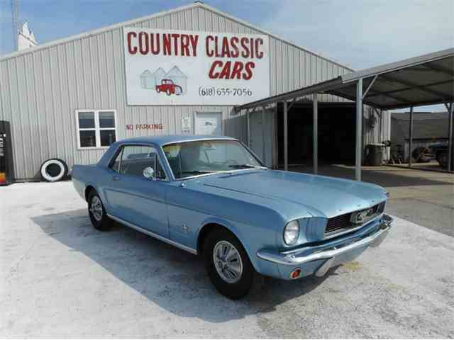 1966 Ford Mustang | 983386