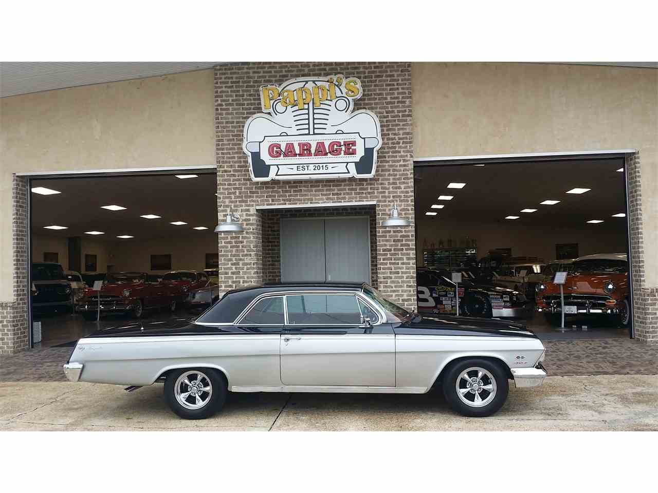 Large Picture of '62 Impala - L2UZ