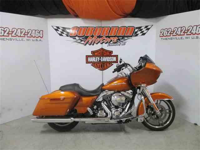 2015 Harley-Davidson® FLTRX - Road Glide®   980357