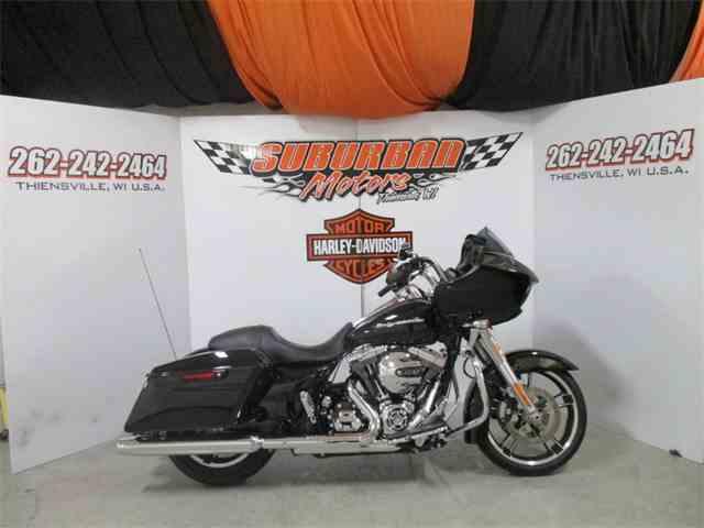 2016 Harley-Davidson® FLTRX - Road Glide® | 980361