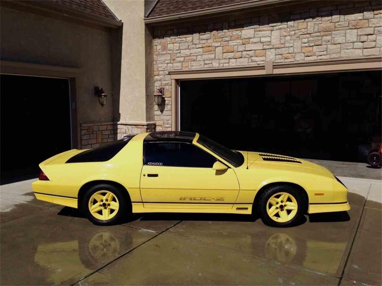 Large Picture of '86 Camaro IROC Z28 - L31E