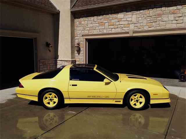 Picture of '86 Camaro IROC Z28 - L31E