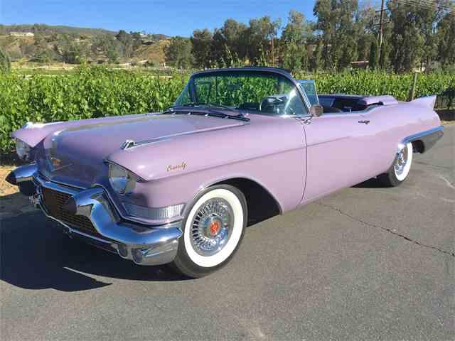 1957 Cadillac Eldorado Biarritz | 983938
