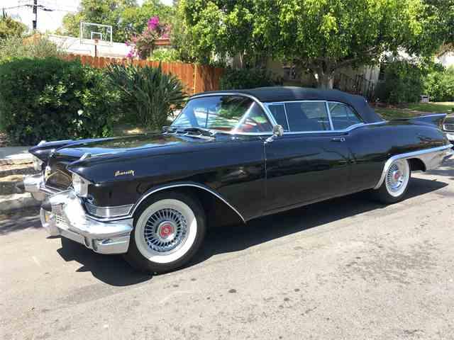 1957 Cadillac Eldorado Biarritz | 983944