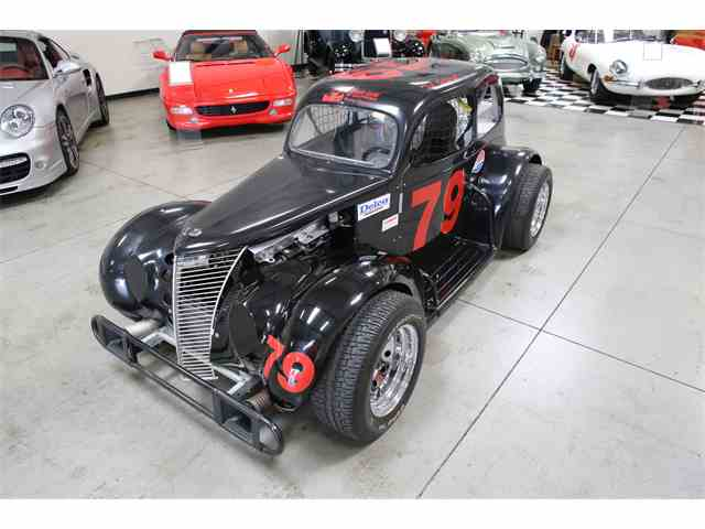 1937 Ford Legend Race Car | 984026