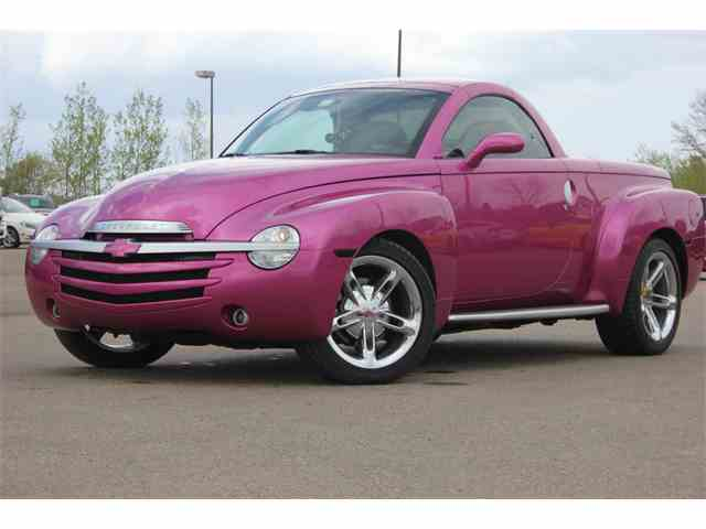 classic chevrolet ssr for sale on 30 available. Black Bedroom Furniture Sets. Home Design Ideas