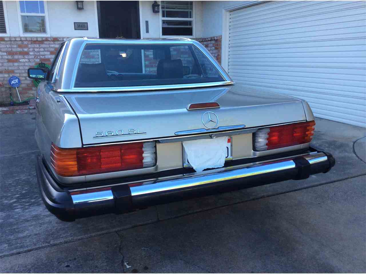 Large Picture of '89 Mercedes-Benz 560SL - $15,695.00 Offered by a Private Seller - L3BY