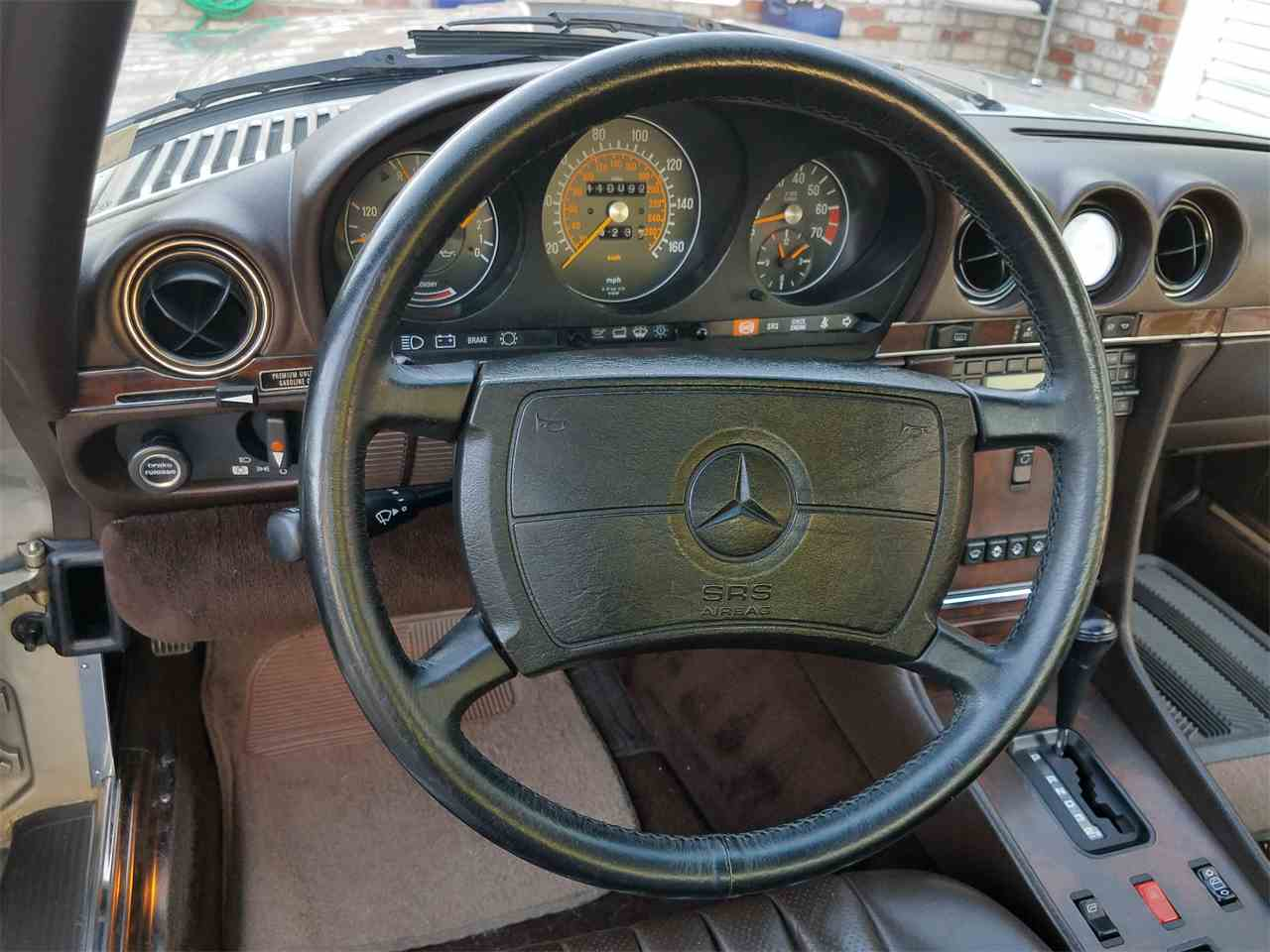 Large Picture of '89 Mercedes-Benz 560SL located in California - $15,695.00 - L3BY