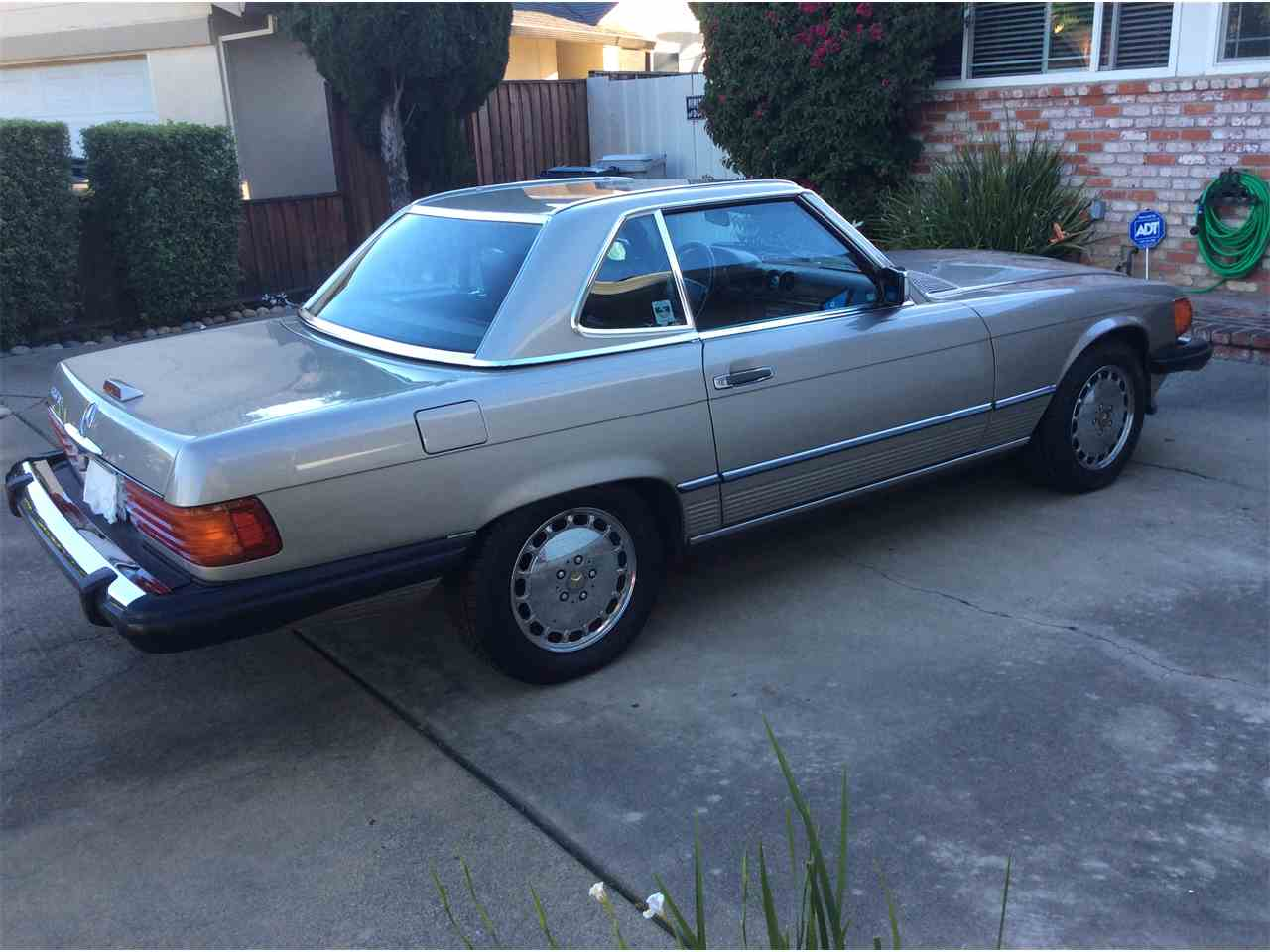 Large Picture of '89 560SL Offered by a Private Seller - L3BY