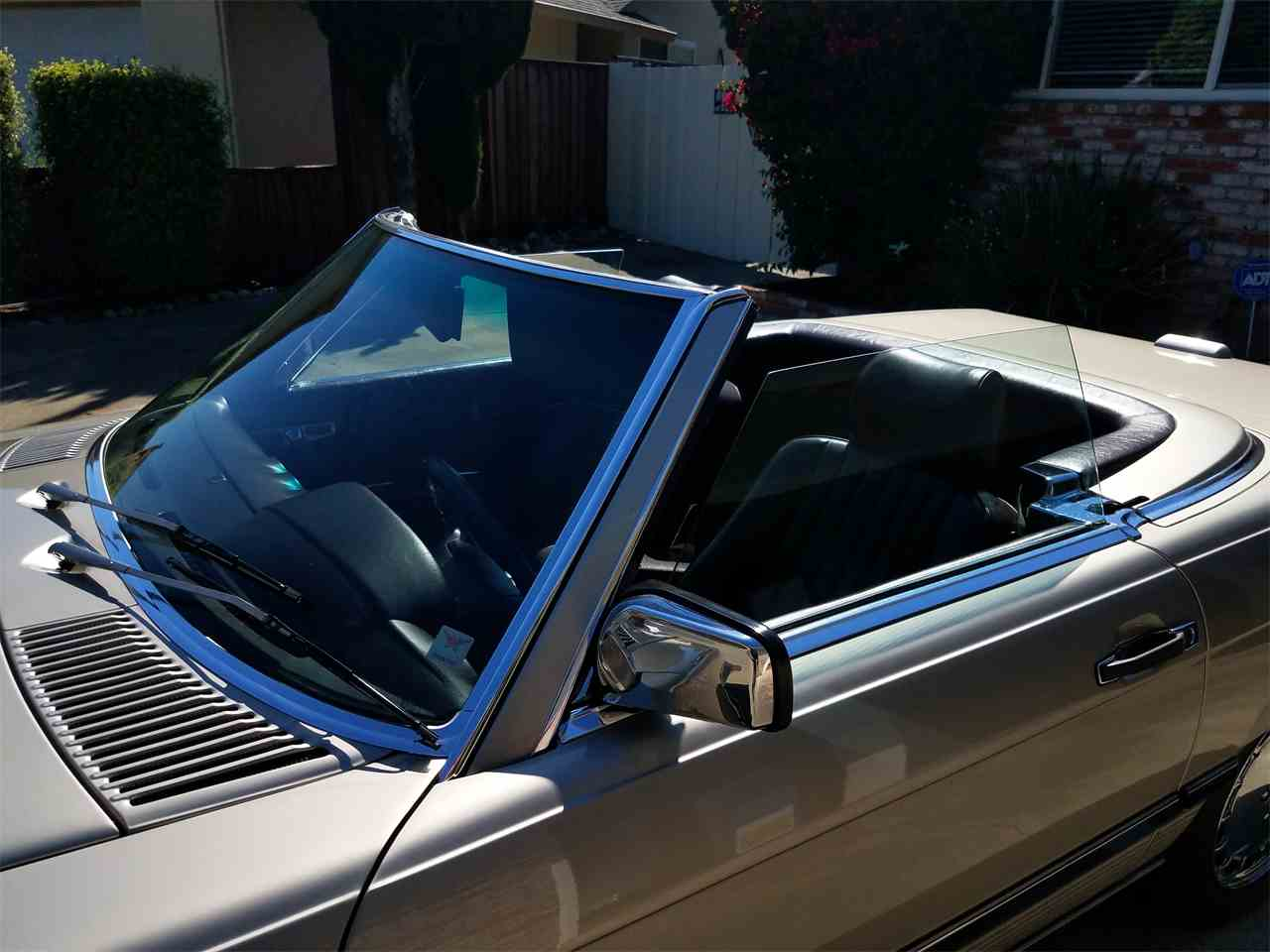 Large Picture of '89 Mercedes-Benz 560SL Offered by a Private Seller - L3BY