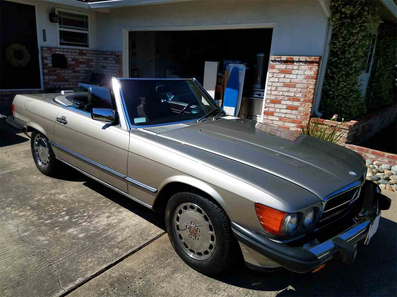 Large Picture of '89 Mercedes-Benz 560SL located in Bay Area California - $15,695.00 - L3BY