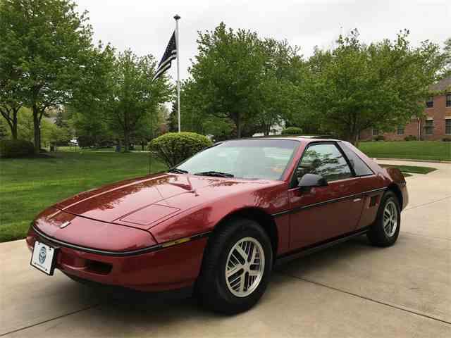 1988 Pontiac Fiero | 984095