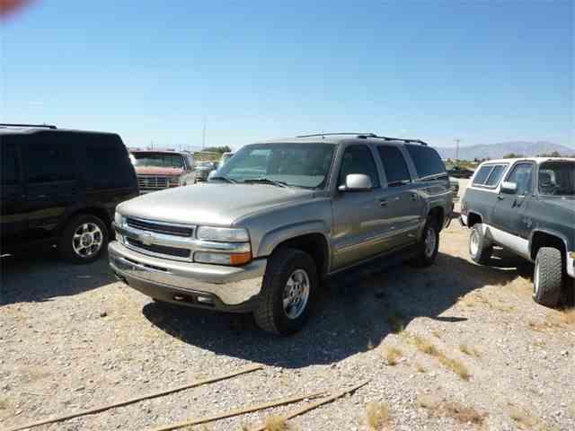 2002 Chevrolet Suburban | 984174
