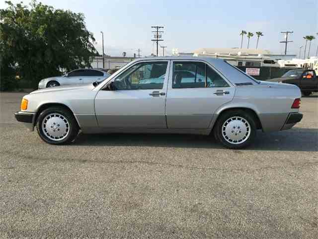 1989 Mercedes-Benz 190 | 984180