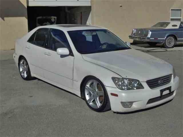 2001 Lexus IS300 | 984192