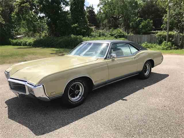 1969 Buick Riviera | 984327