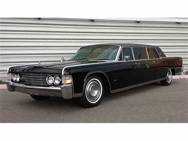 1965 Lincoln Continental Executive Limousine by Lehmann-Peterson | 984385