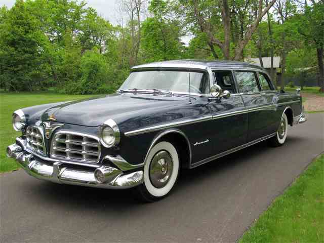 1955 Imperial Crown 8-Passenger Sedan | 984421