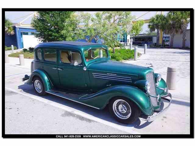 1934 Buick Sedan | 984542