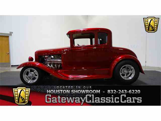 1930 Ford Coupe | 984601