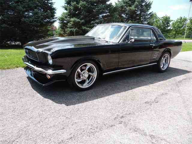 1966 Ford Mustang | 984602