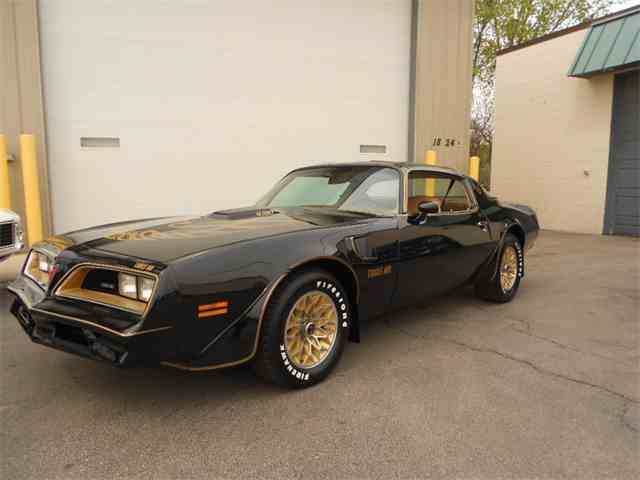 1977 Pontiac Firebird Trans Am | 984689