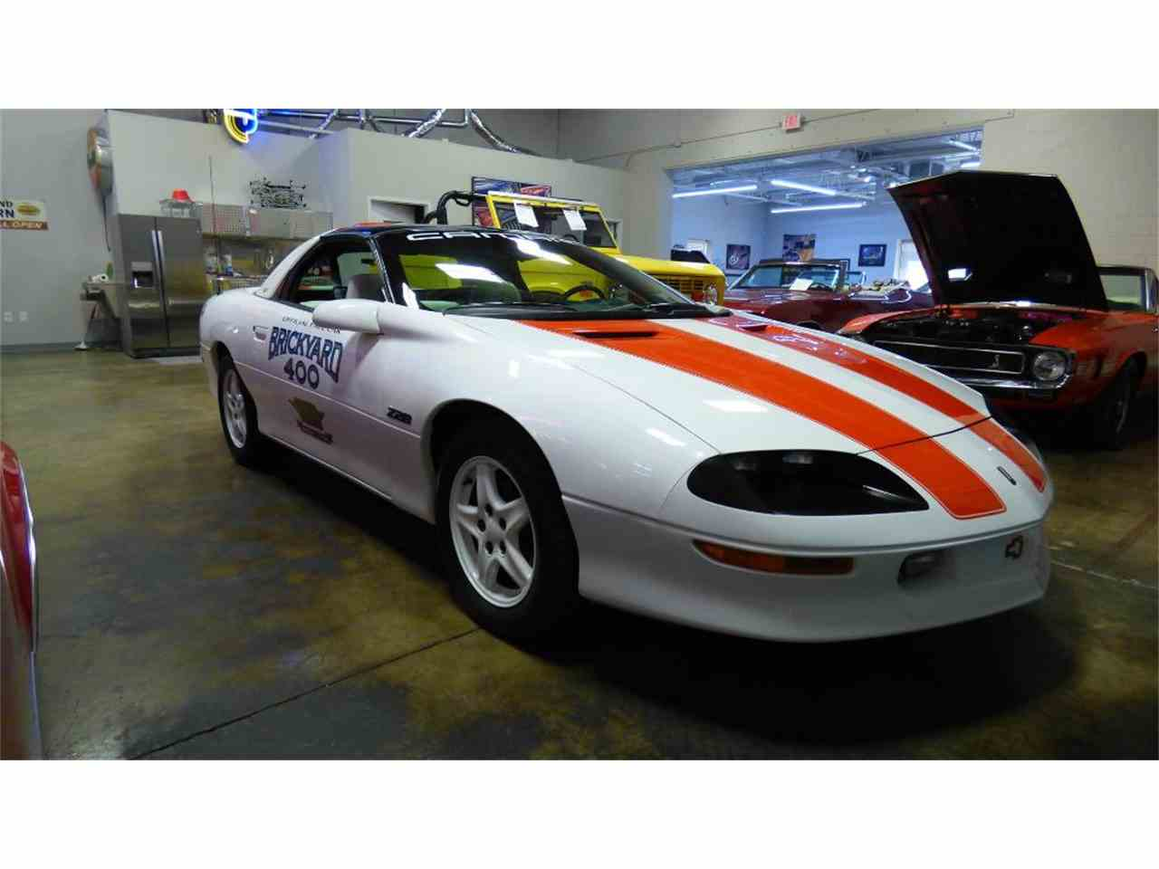 Large Picture of '95 Camaro - L3XG