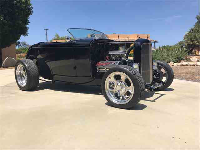 1932 Ford Roadster | 985036