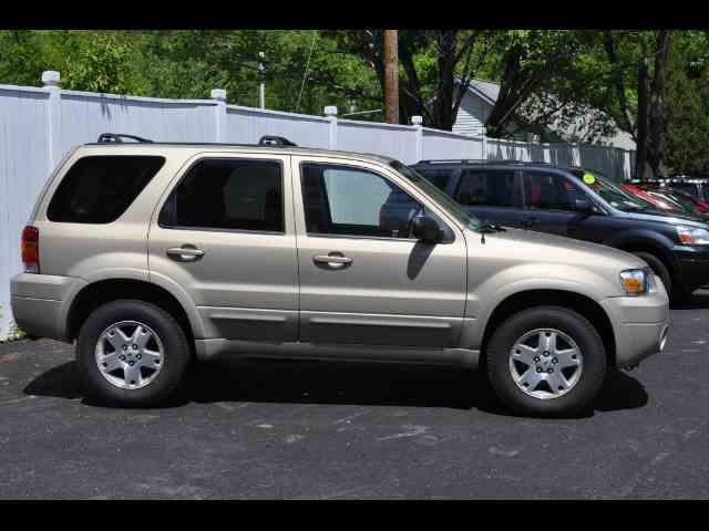 2007 Ford Escape | 985199