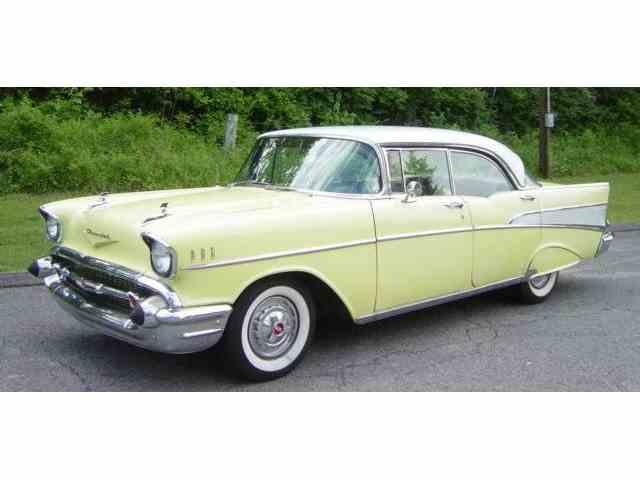 1957 CHEVROLET BEL AIR  4-DOOR HARDTOP | 985208