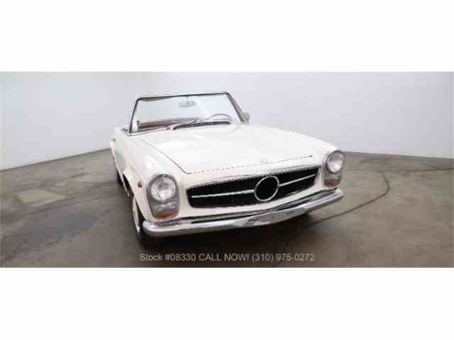 1967 Mercedes-Benz 250SL | 985227