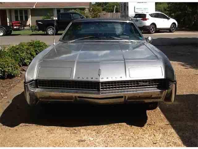 1967 Oldsmobile Toronado | 985273