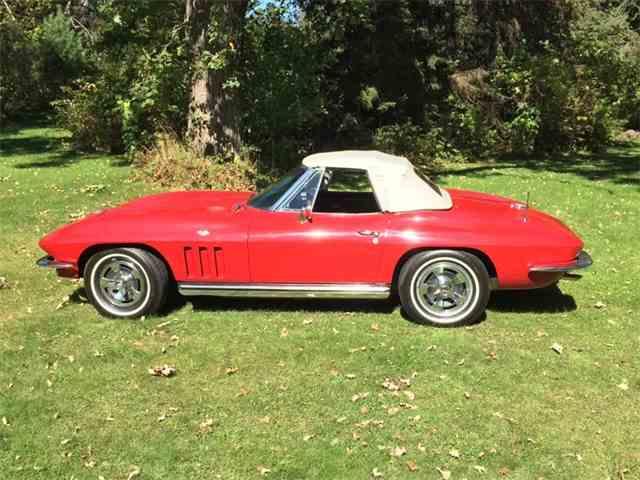 1965 Chevrolet Corvette | 985301