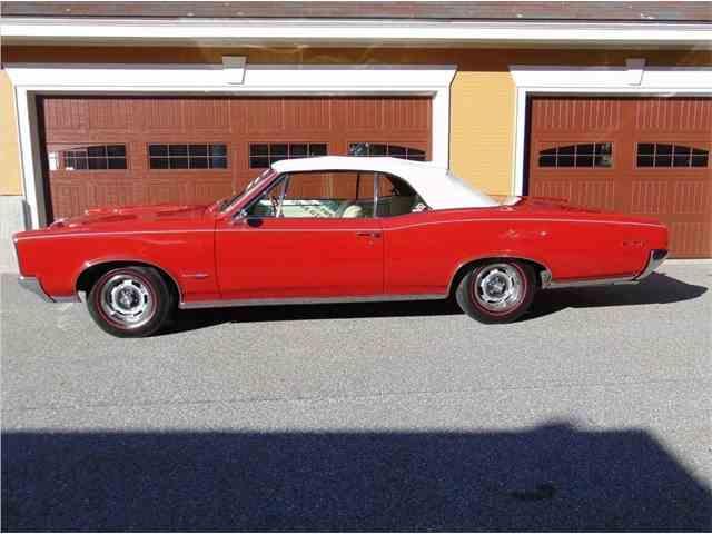 1966 Pontiac GTO | 985380