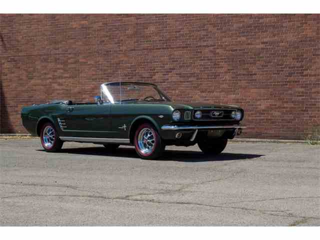 1966 Ford Mustang   985482