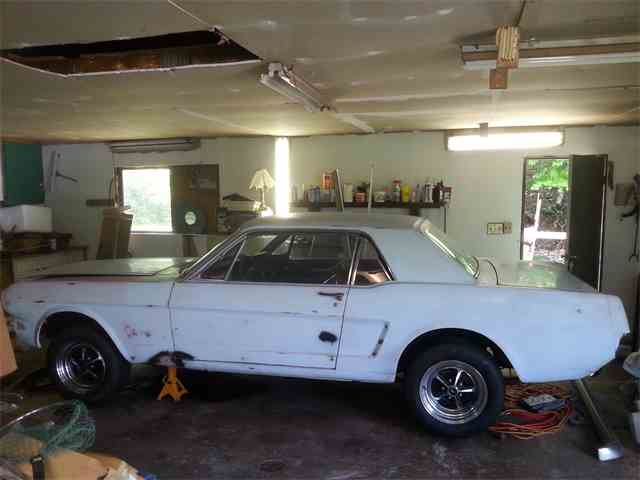 1965 Ford Mustang | 985519