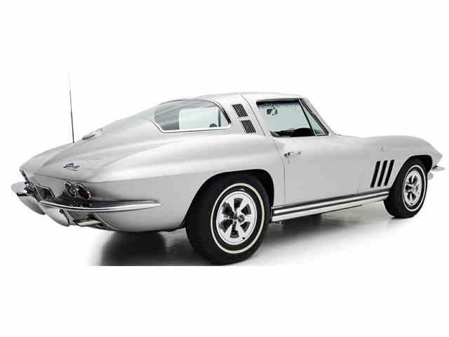 1965 Chevrolet Corvette | 985520