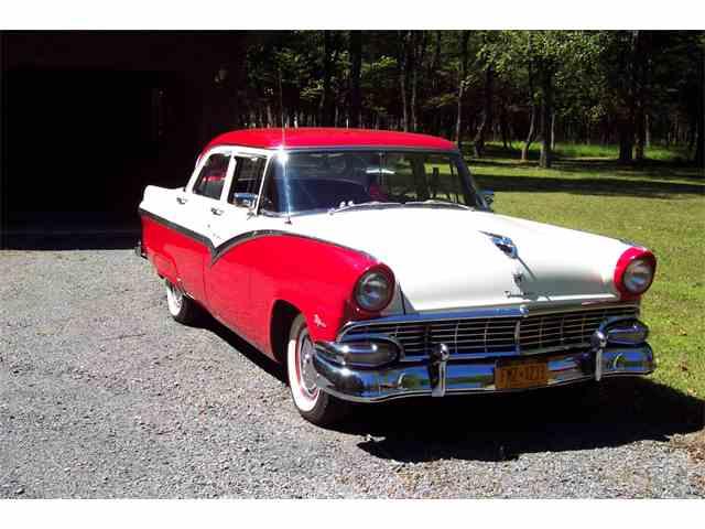 1956 Ford Fairlane | 985569
