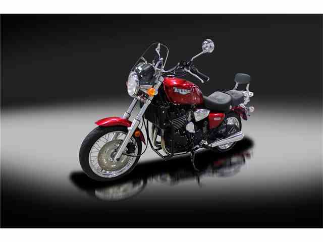 2001 Triumph Motorcycle | 985693