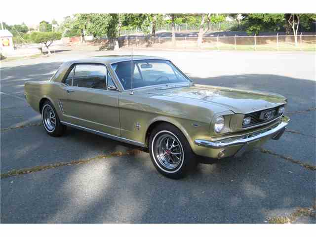 1966 Ford Mustang   985741