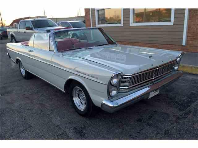 1965 Ford Galaxie 500 | 985818