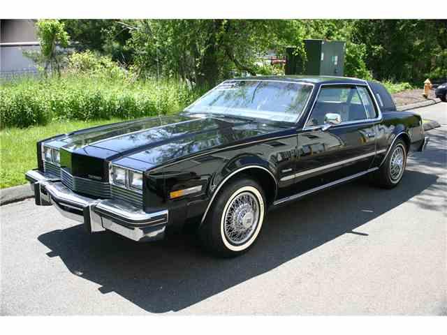 1982 Oldsmobile Toronado   985839