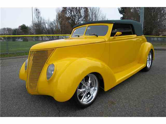 1937 Ford Custom | 986105