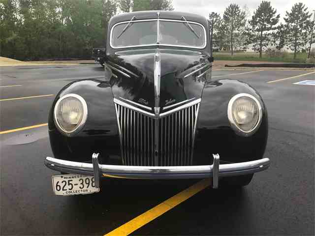 1939 Ford Deluxe | 986559
