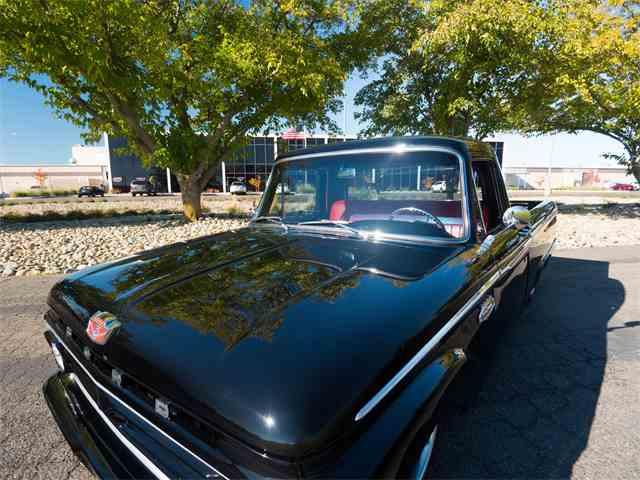 1966 Ford Custom | 987144