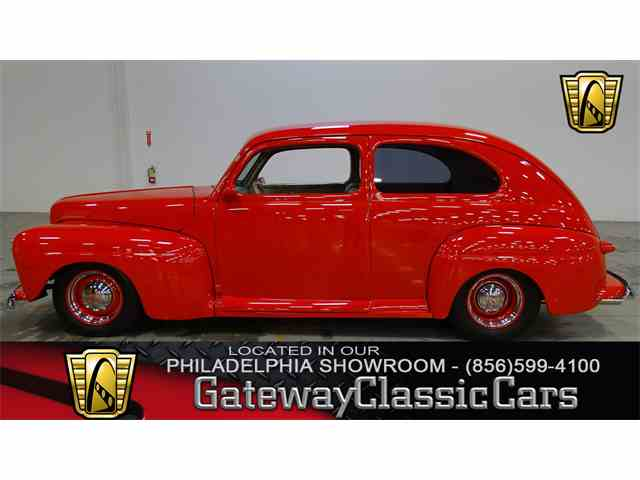 1947 Ford Deluxe | 987242