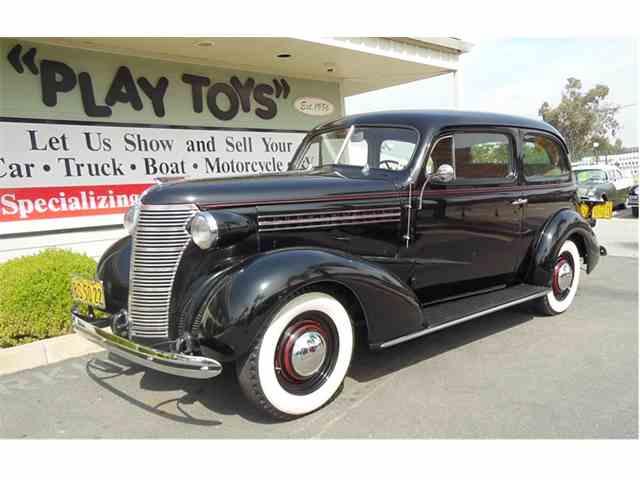 1938 Chevrolet Sedan | 980725