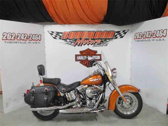 2016 Harley-Davidson® FLSTC - Heritage Softail® Classic | 987264