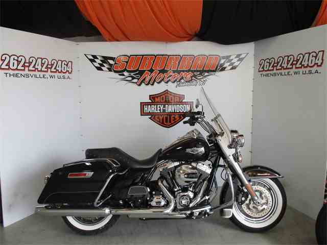 2016 Harley-Davidson® FLHR - Road King® | 987271