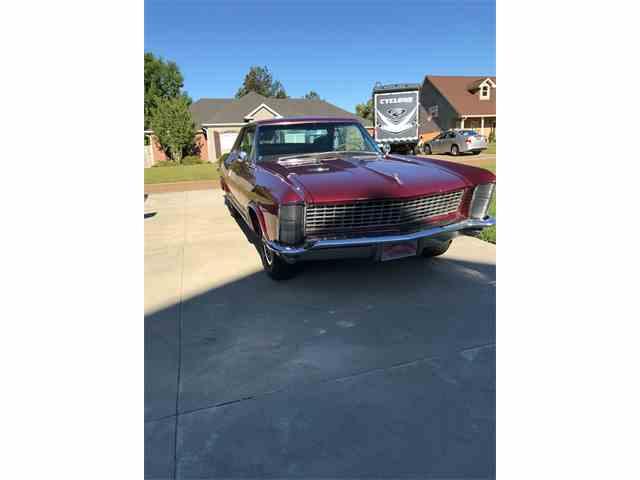 1965 Buick Riviera | 987365